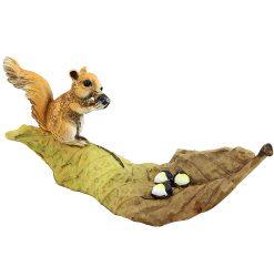 Squirrel on Leaf